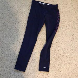 Nike Pants - Nike fleece leggings